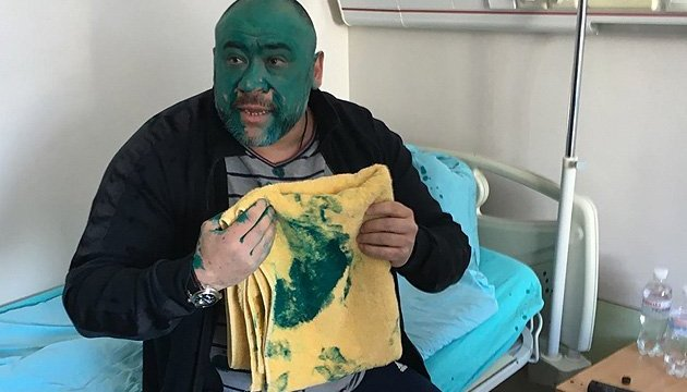 Accusé du meurtre d'un journaliste sur le Maїdan, il se réfugie dans une clinique pour enfants (vidéo)