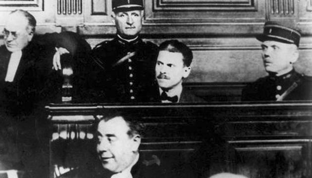 Самуїл Шварцбард під час судового засідання. Фото: memory.gov.ua