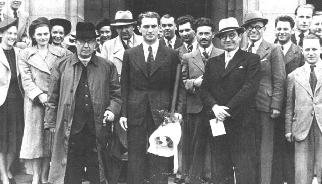 Президент Карпатської України Августин Волошин та члени уряду, 1939 рік. Фото: dazo.gov.ua