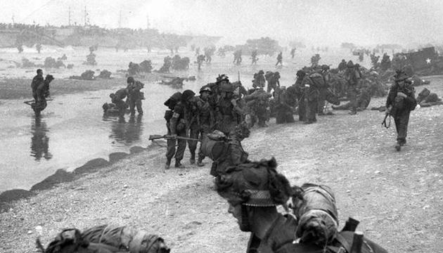 Висадка союзницьких військ у Нормандії. Фото: Twitter