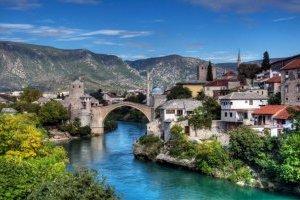 Боснія та Герцеговина вирішила відкрити кордони з сусідніми державами