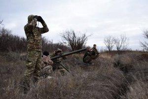 На Донбасі за рік загинули 132 українських військових, понад 700 поранених