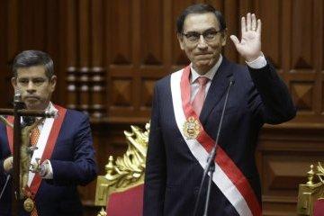 Экс-президенту Перу запретили занимать государственные должности из-за COVID-скандала