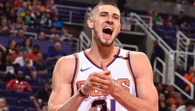 Баскетбол: Олексій Лень зробив 11 підбирань в матчі НБА проти