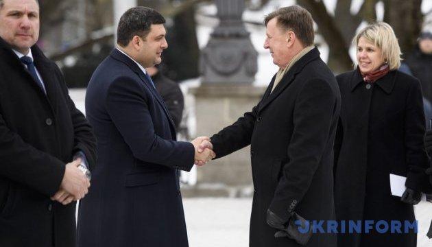 Volumen de comercio entre Ucrania y Letonia se incrementó en un 27%