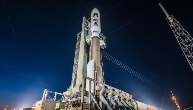 Ракета Atlas V вывела на орбиту три военных спутника США