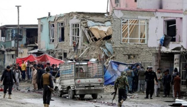 У Кабулі смертник підірвав авто: один загиблий, 14 - поранені