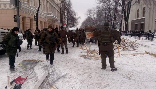 У Лутковської порахували затриманих під Радою