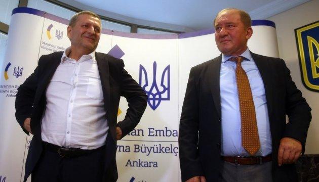 Чийгоз и Умеров встретятся с президентом Литвы