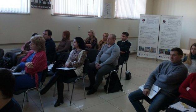 На Миколаївщині членів ОТГ навчали створювати сучасні ЦНАПи