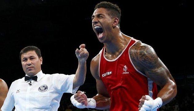 Олімпійський чемпіон з боксу отримав дискваліфікацію через пропущені допінг-тести