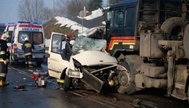 Аварія у Польщі: МЗC підтверджує загибель двох українців