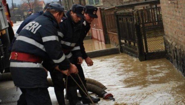 У 13 повітах Румунії - жовтий рівень небезпеки через повені