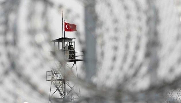 Двох німецьких журналістів затримали на кордоні з Туреччиною
