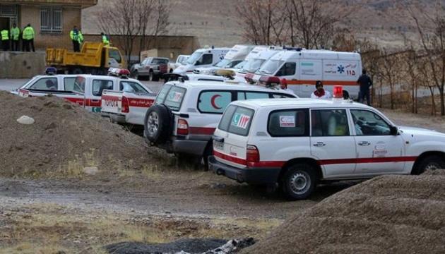 Аварія турецького літака в Ірані: рятувальники виявили тіла загиблих