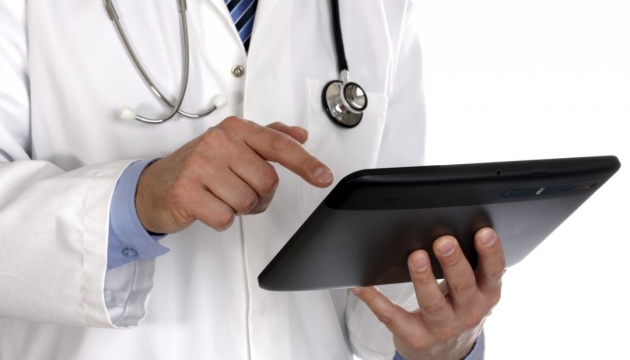 МОЗ заявляє про неочікувану популярність лікарів