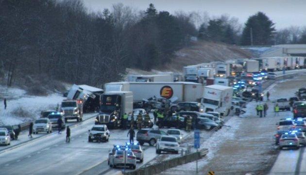 У США сніговий туман зіштовхнув понад 80 авто