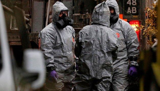 Експерти з хімзброї працюють на місці отруєння Скрипаля - Reuters