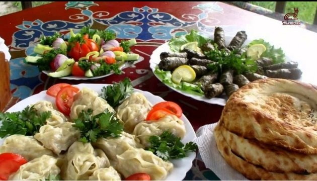 Сьогодні в Раді - день кримськотатарської кухні