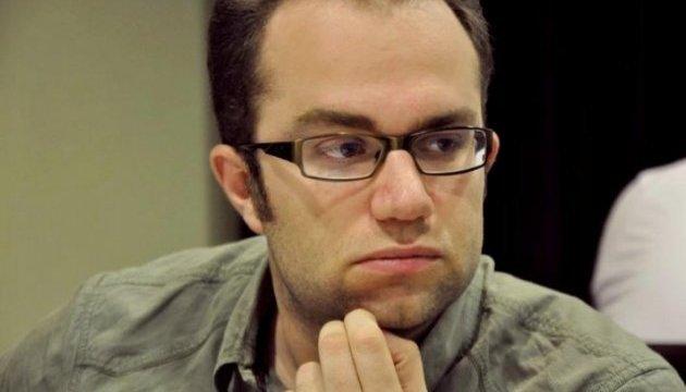 Український шахіст Павло Ельянов продовжує відступати