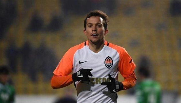 Футбол: три бразильских клуба претендуют на Бернарда