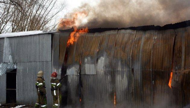 Пожар на Калиновском рынке: предпринимателям выделили по 150 тысяч из бюджета