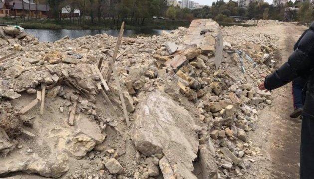 Київрада розгляне петицію про екологічну катастрофу на Совських ставках