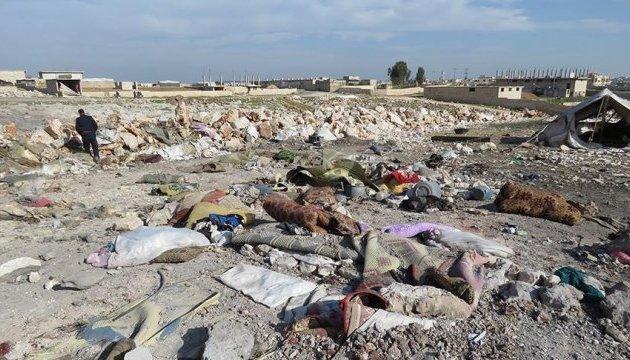 Самолеты РФ разбомбили лагерь беженцев в Идлибе
