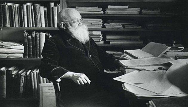 З архіву: кінець Ульянова, повернення Грушевського, меморіал Шевченка (1924 -1925)