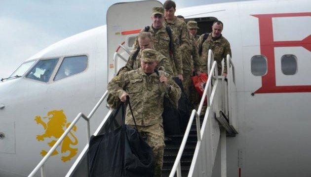 В Україну прибув літак з миротворцями, які виконували завдання ООН у Конго