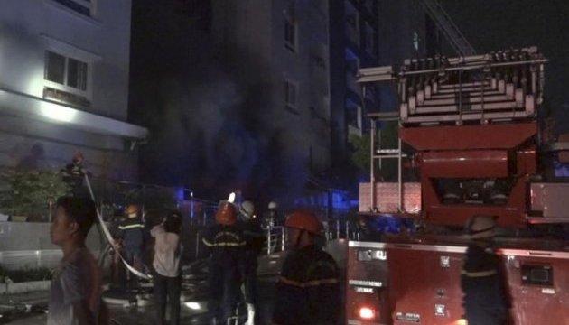 Во Вьетнаме горел жилой комплекс, 13 погибших