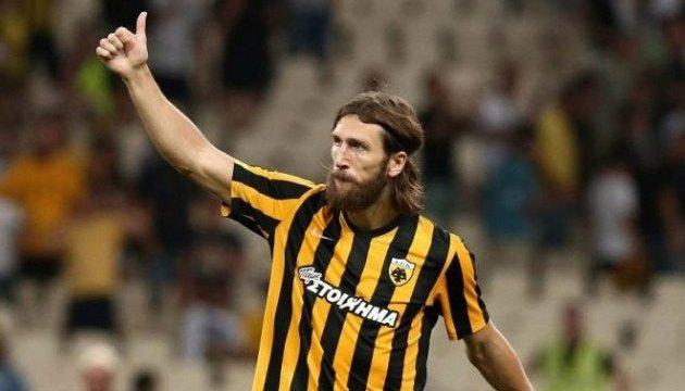 Футбол: Чигринский продлит контракт с АЕКом на два года