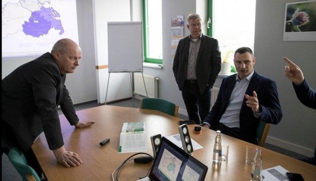 Кличко: Німецькі партнери готові допомогти убезпечити полігон №5 у Підгірцях