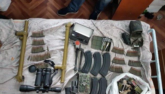 СБУ заблокувала незаконний продаж зброї у трьох регіонах