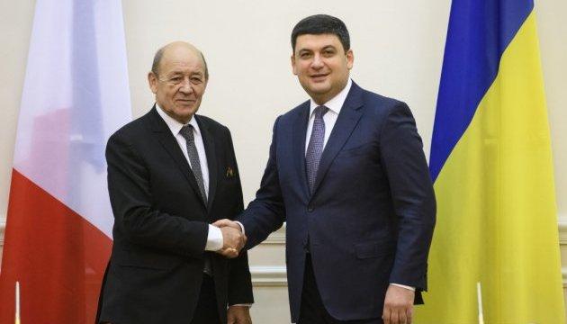 Groysman: Ucrania y Francia pueden incrementar el comercio bilateral
