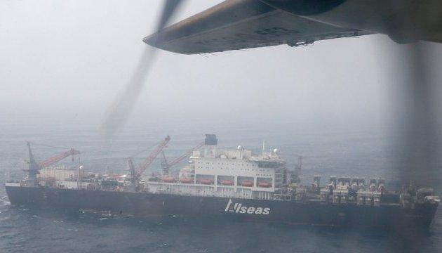 В Черном море эвакуировали трех травмированных строителей