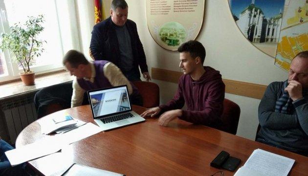 Український студент створив робота, що збирає сміття з водойм
