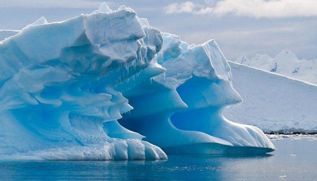 Над Арктикою