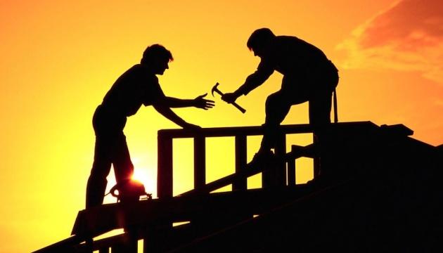 Чеські підприємці через надлишок робочих місць лобіюють збільшення вдвічі квоти для українців
