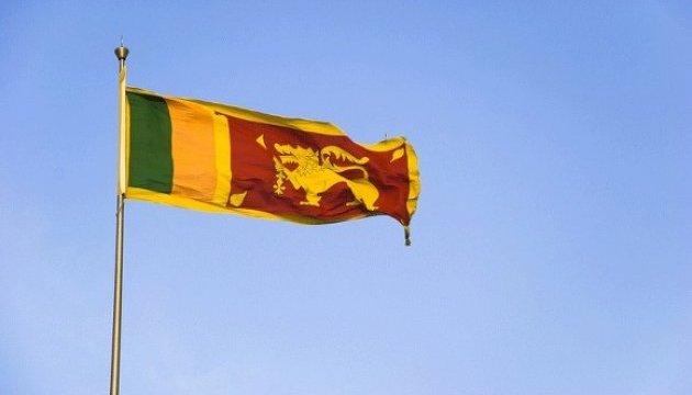 Poroshenko forms delegation for talks with Sri Lanka