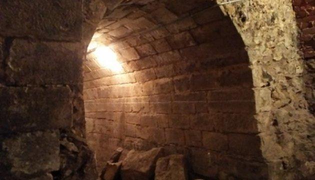 У Тернополі туристів пустять до підземного храму