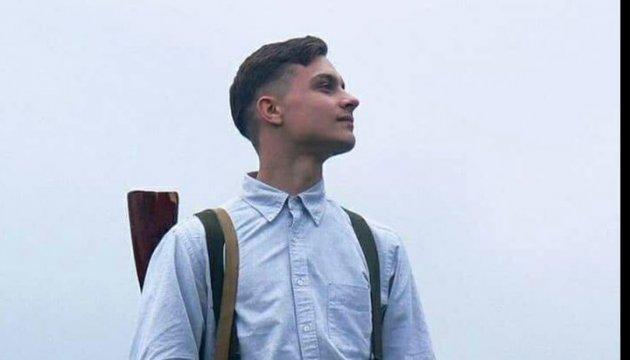 Un combattant volontaire de 19 ans tué par un sniper dans le Donbass