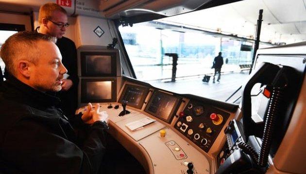 У Британії запустили перший потяг-безпілотник