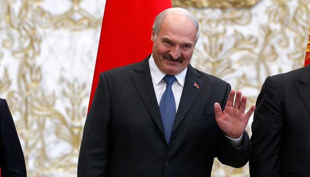 Лукашенко: 98% белорусов проголосуют против объединения с Россией