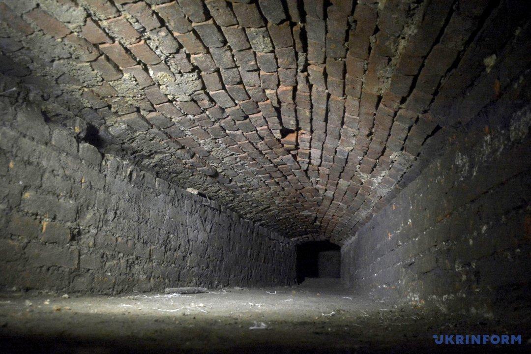 підземелля на території Спасо-Преображенського собору УПЦ