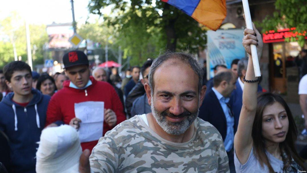 Нікол Пашинян, лідер протесту в Єревані
