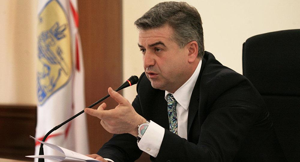 Карен Карапетян, перший віце-прем'єр, нині тимчасово очолює уряд