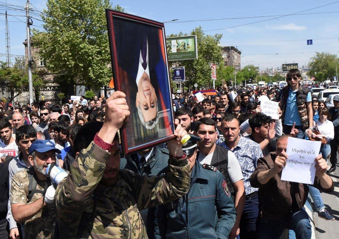 Протести в Єревані / Фото: REUTERS