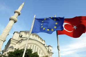 Комітет ЄП закликає призупинити переговори про вступ Туреччини в ЄС