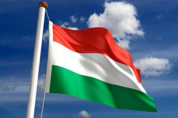 El ministro de Defensa de Hungría asegura el apoyo a la soberanía de Ucrania